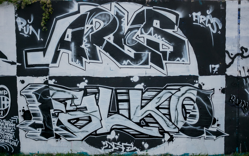 Gleisdreieck_graffiti_dual_2017-9