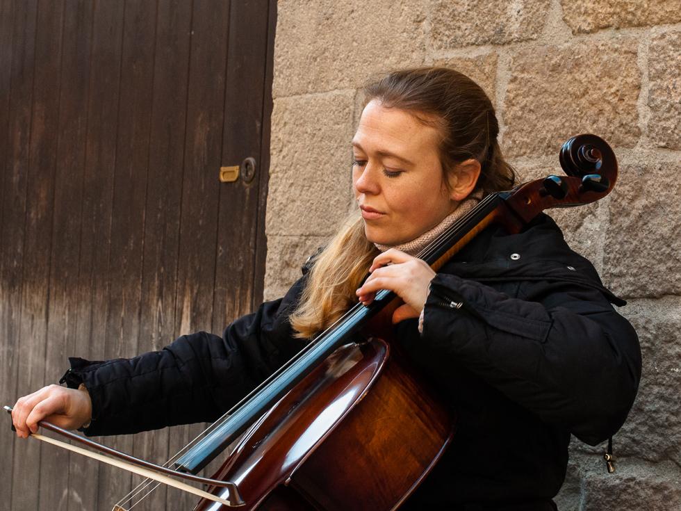 Barcelona - Musikerin