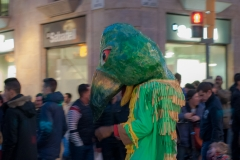 Barcelona - Straßenumzug Papagei